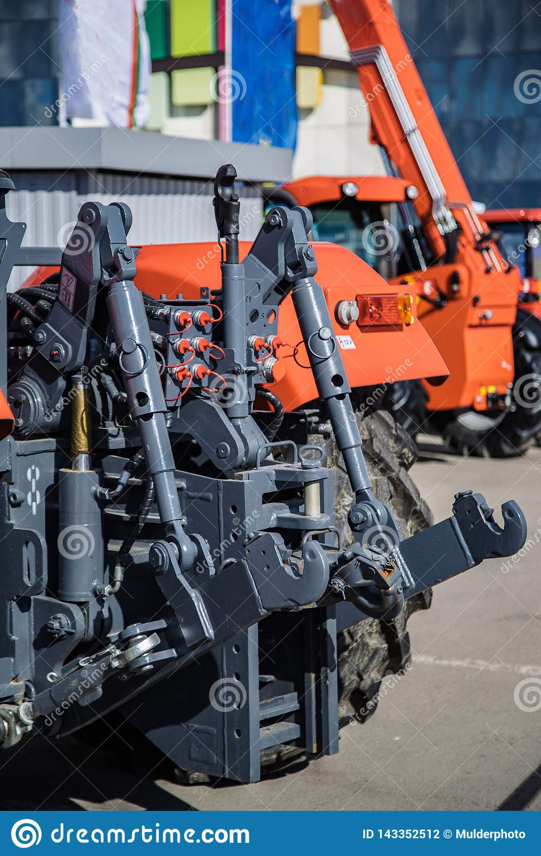 Гидравлическая заминка Гидравлическая поднимаясь рамка Задний механизм для прикреплять отставать оборудование трактора