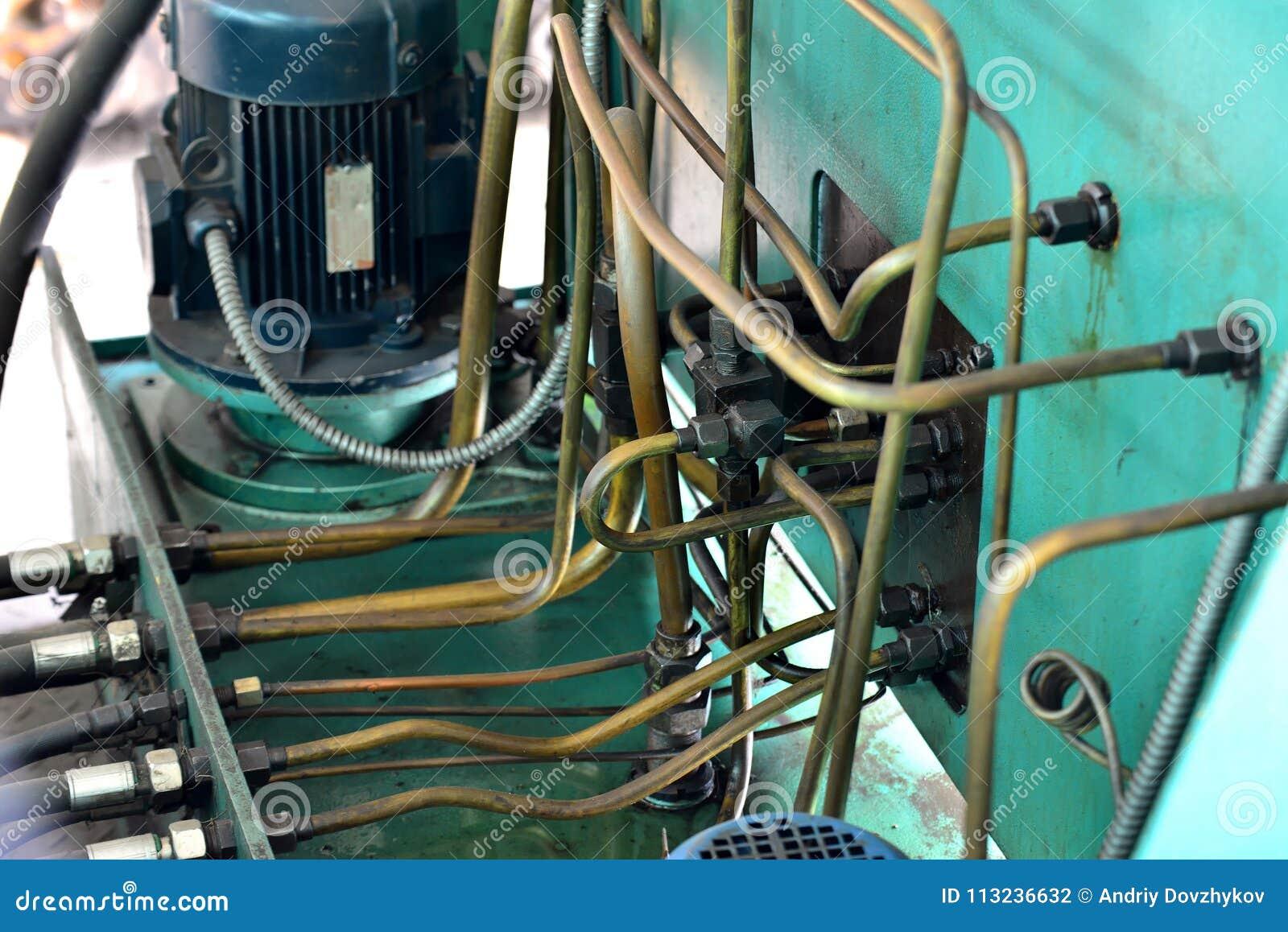 Гидротехник смазывают станцию на механическом инструменте на промышленном оборудовании Система смазки с маслом под давлением