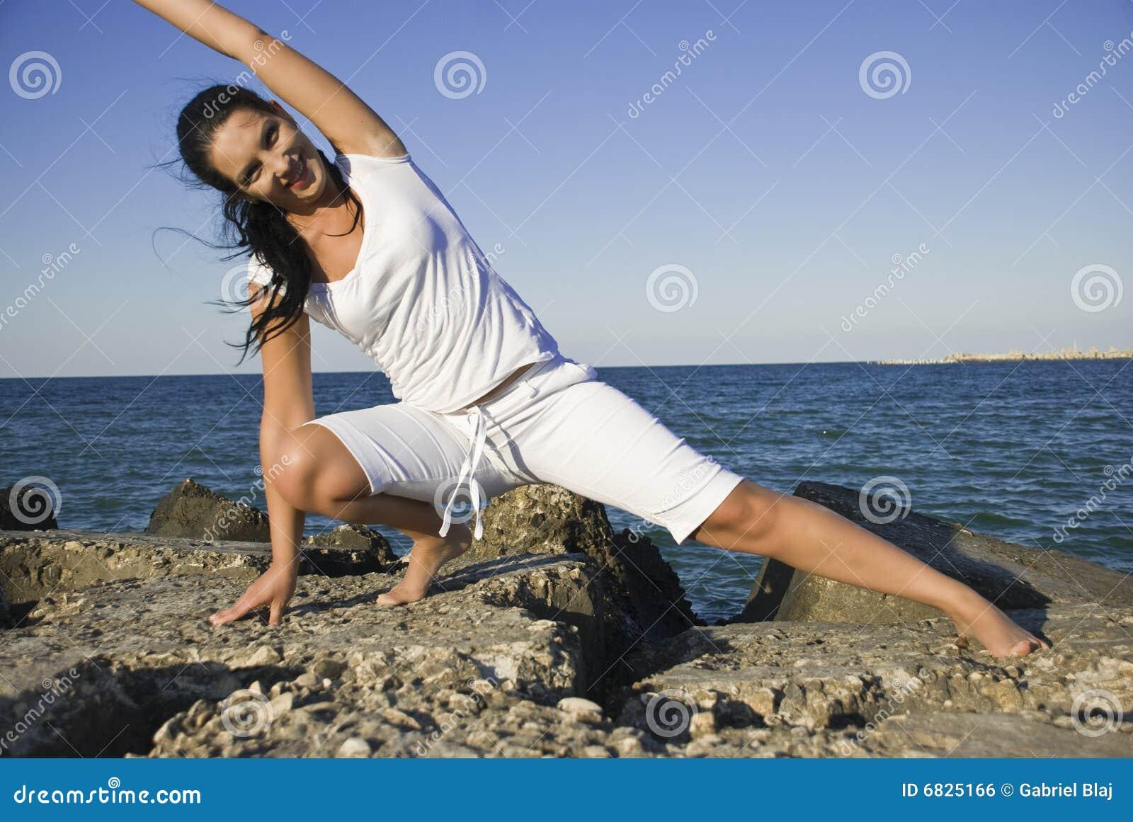 гимнастика трясет море