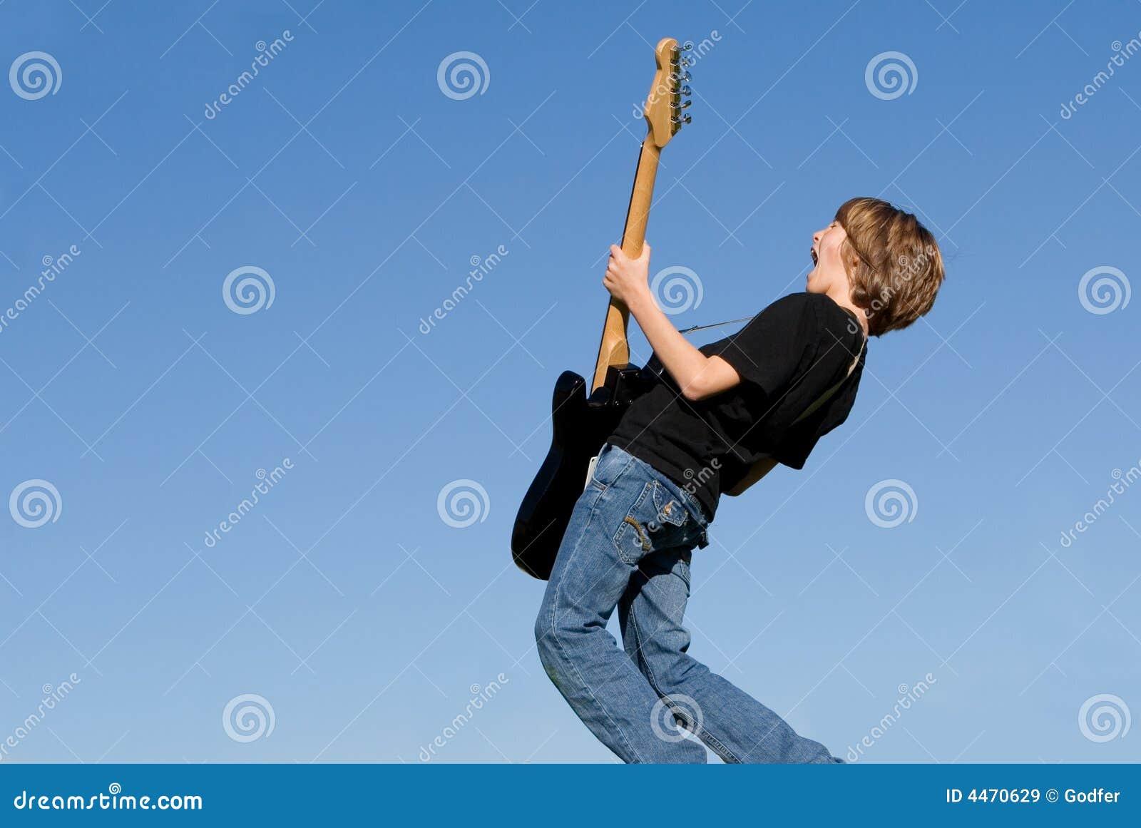 гитара ребенка