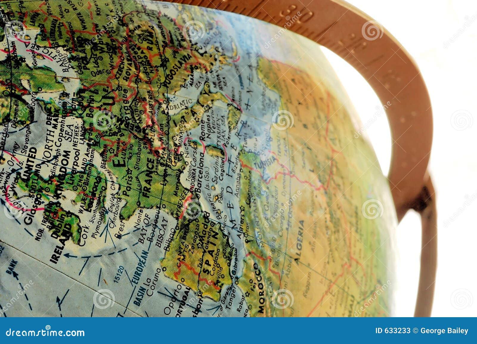 Download глобус стоковое изображение. изображение насчитывающей обзор - 633233