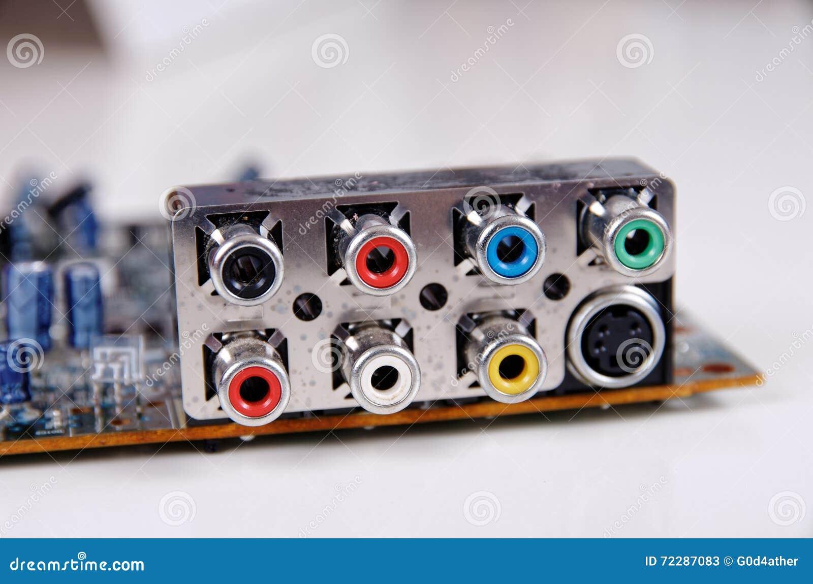 Download Гнезда RCA стоковое изображение. изображение насчитывающей коаксиально - 72287083