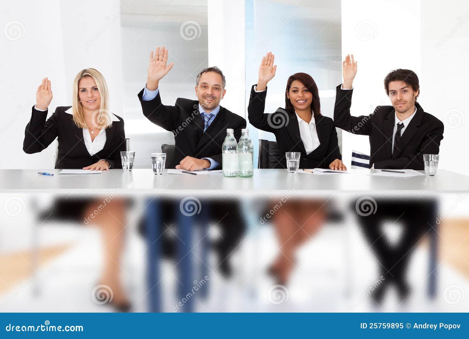 голосовать людей деловой встречи