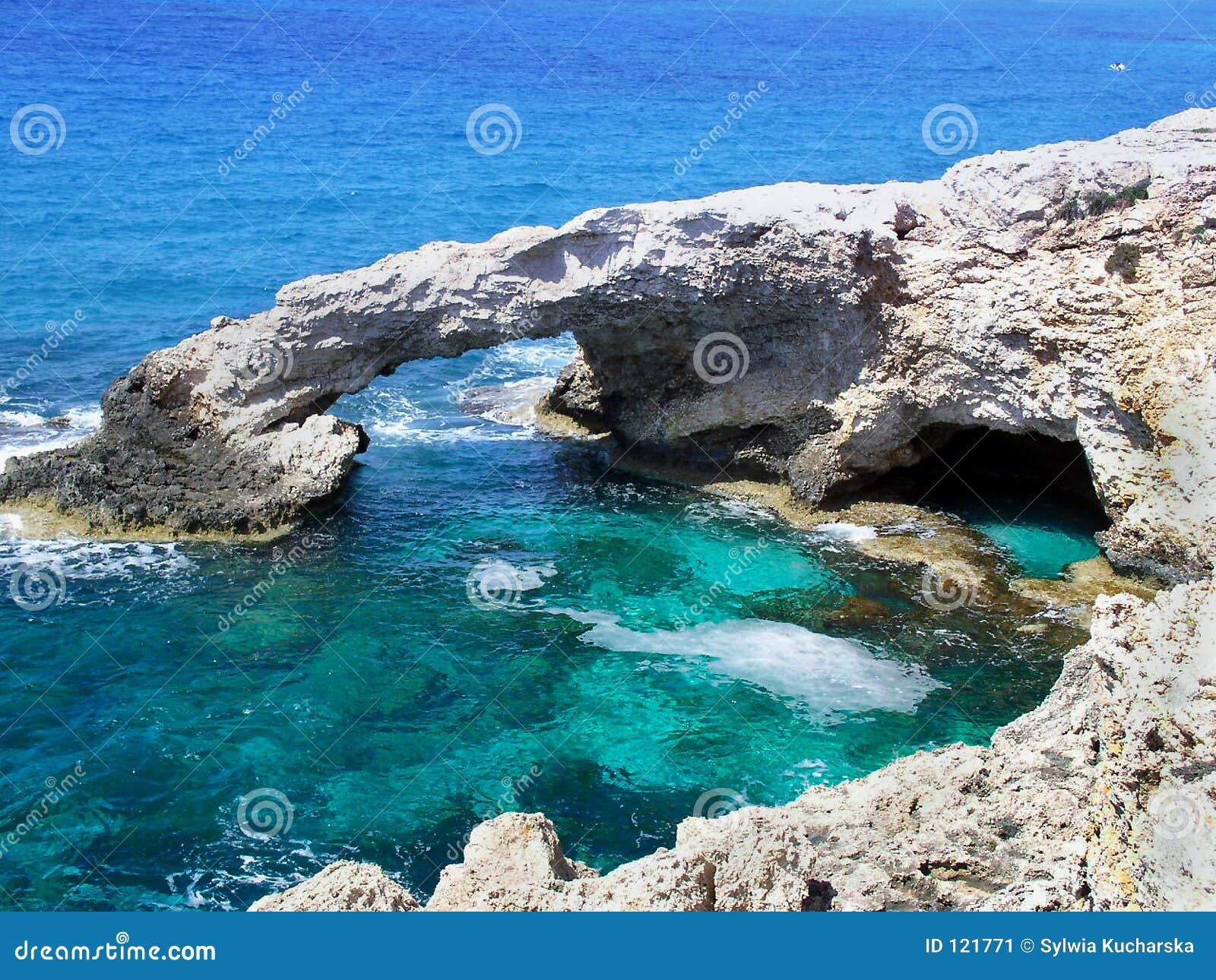 голубое глубокое море