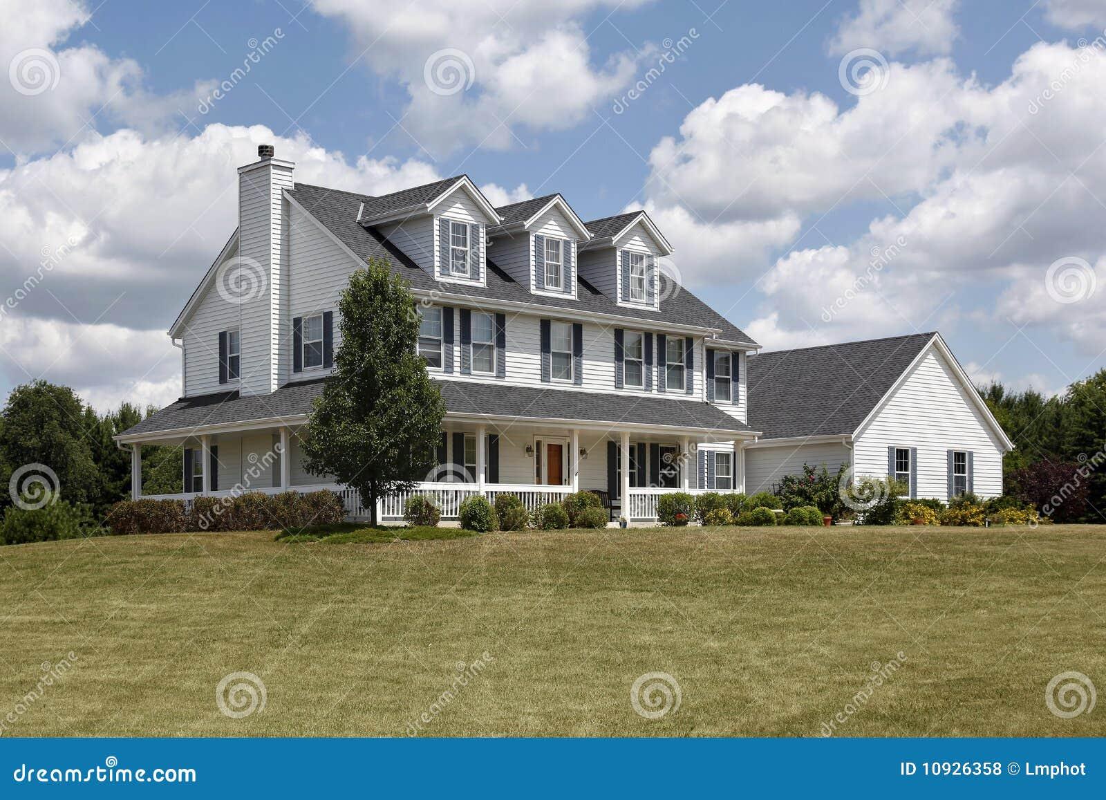 голубое домашнее крылечко shutters слободское