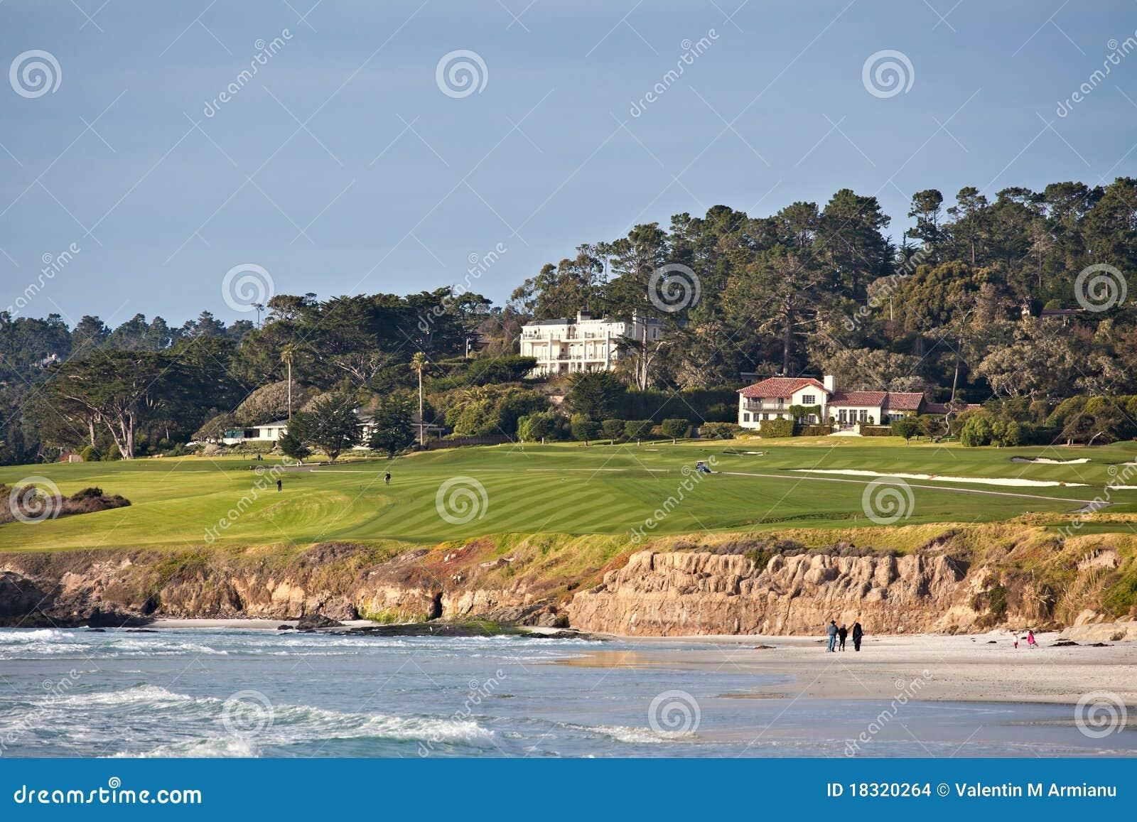 гольф курса пляжа