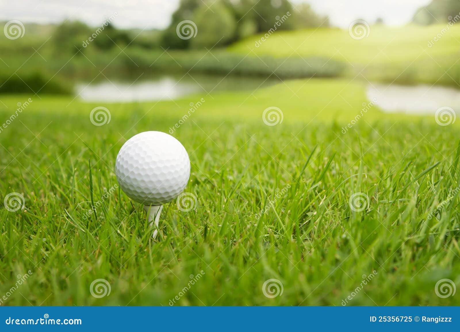 гольф курса шарика