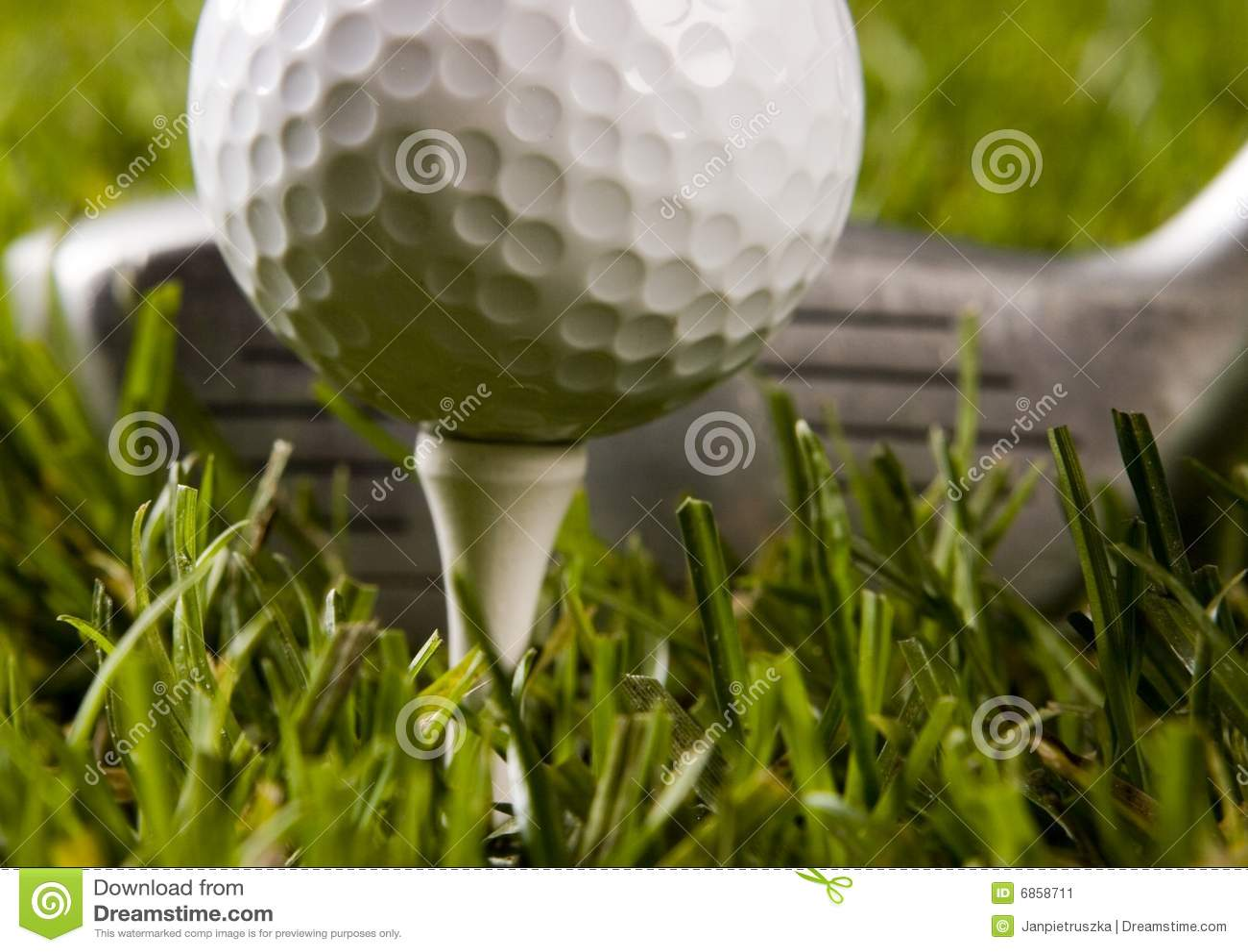 гольф шарика близкий вверх