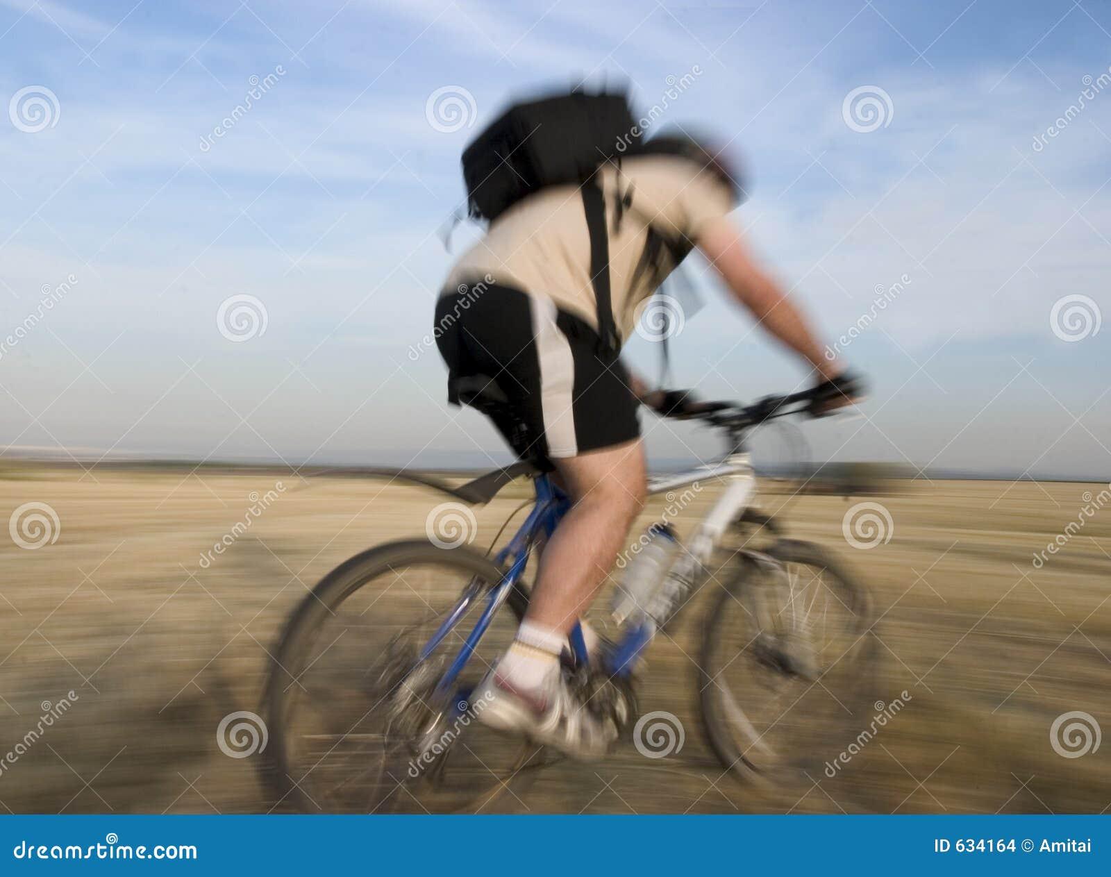Download гонка bike стоковое фото. изображение насчитывающей израильско - 634164