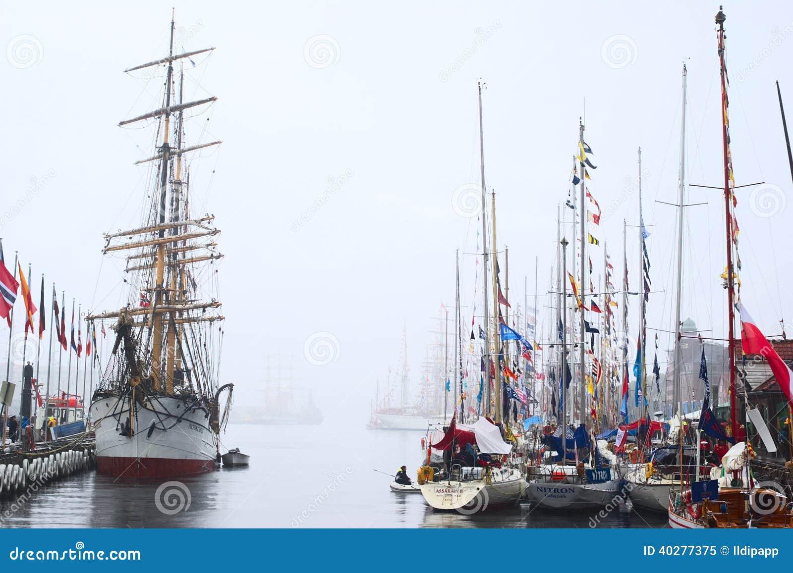 Гонки 2008 высокорослых кораблей в Бергене, Норвегии
