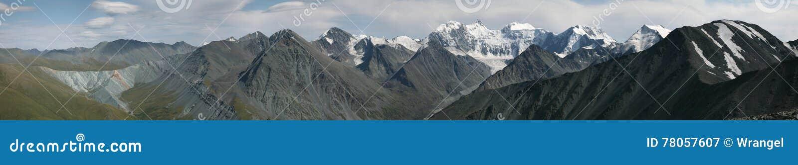 Гора в горах Altai, Россия Belukha