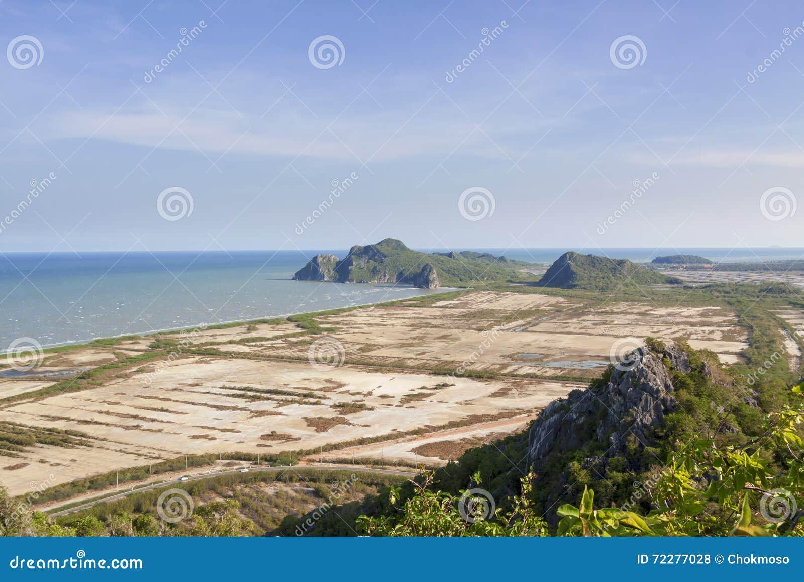 Download Гора стоковое фото. изображение насчитывающей природа - 72277028