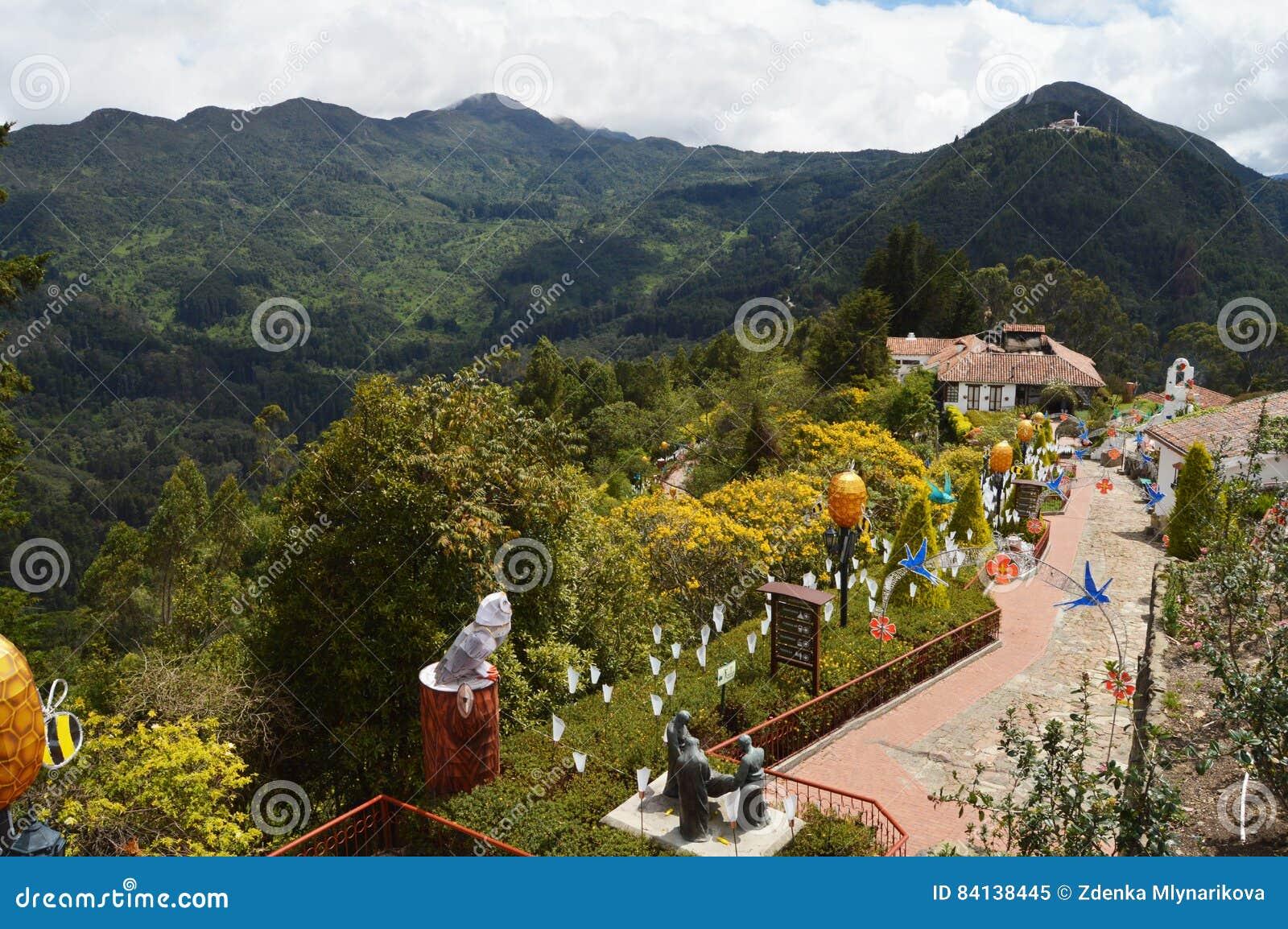Гора Monserrate в Боготе, Колумбии