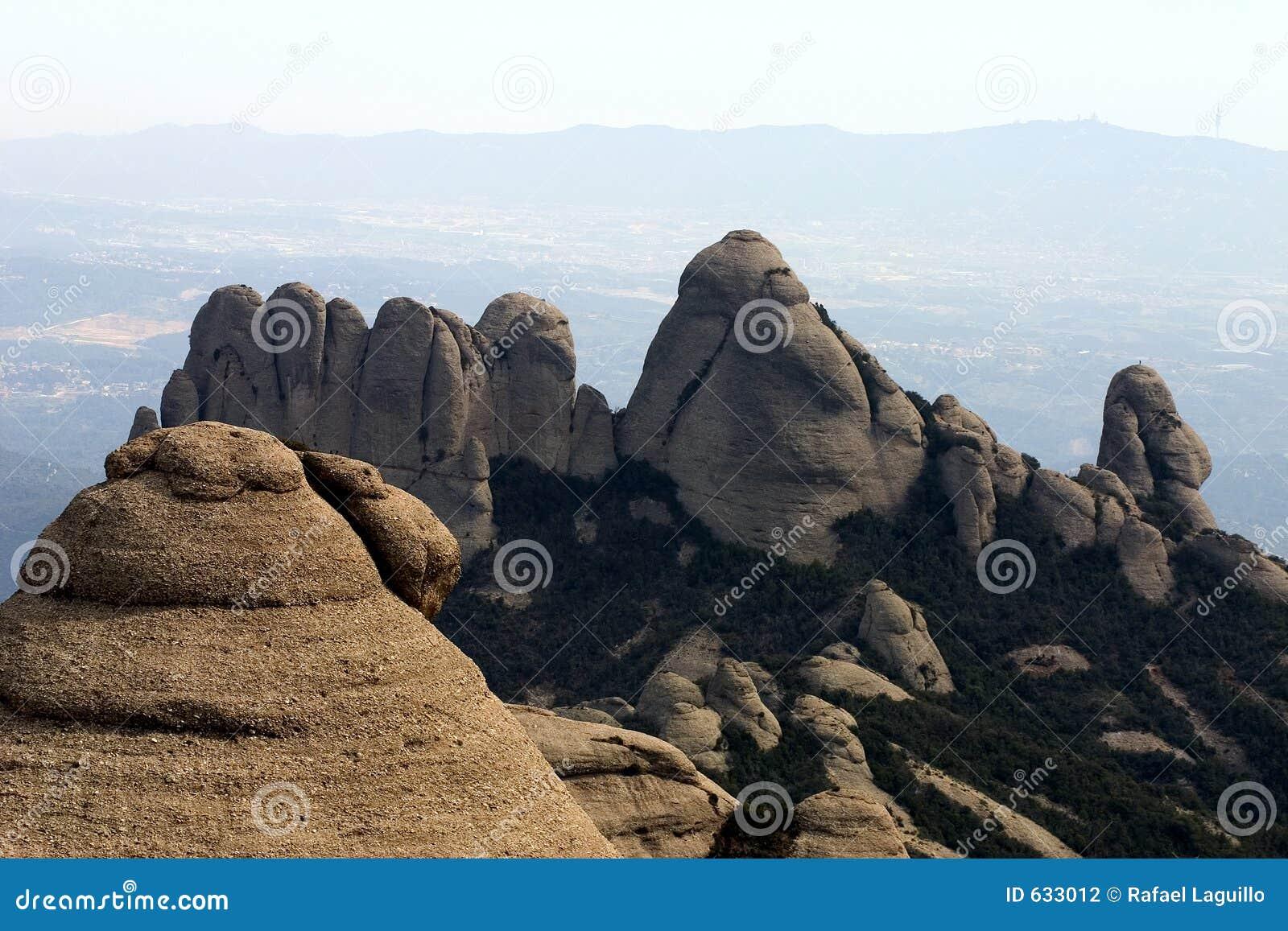Download гора montserrat стоковое фото. изображение насчитывающей abattoir - 633012