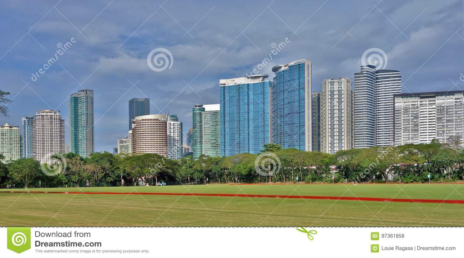 Горизонт башни Fort Bonifacio в городе Taguig