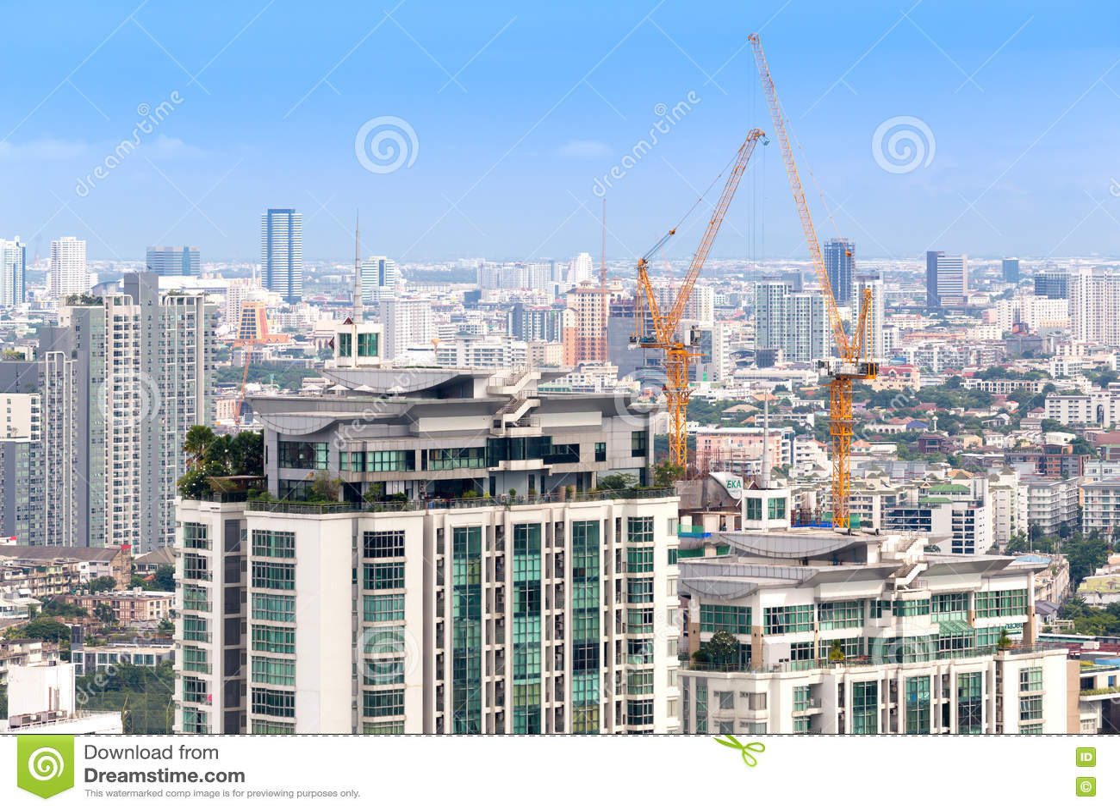 Горизонт вида на город Бангкока, Таиланд зданий