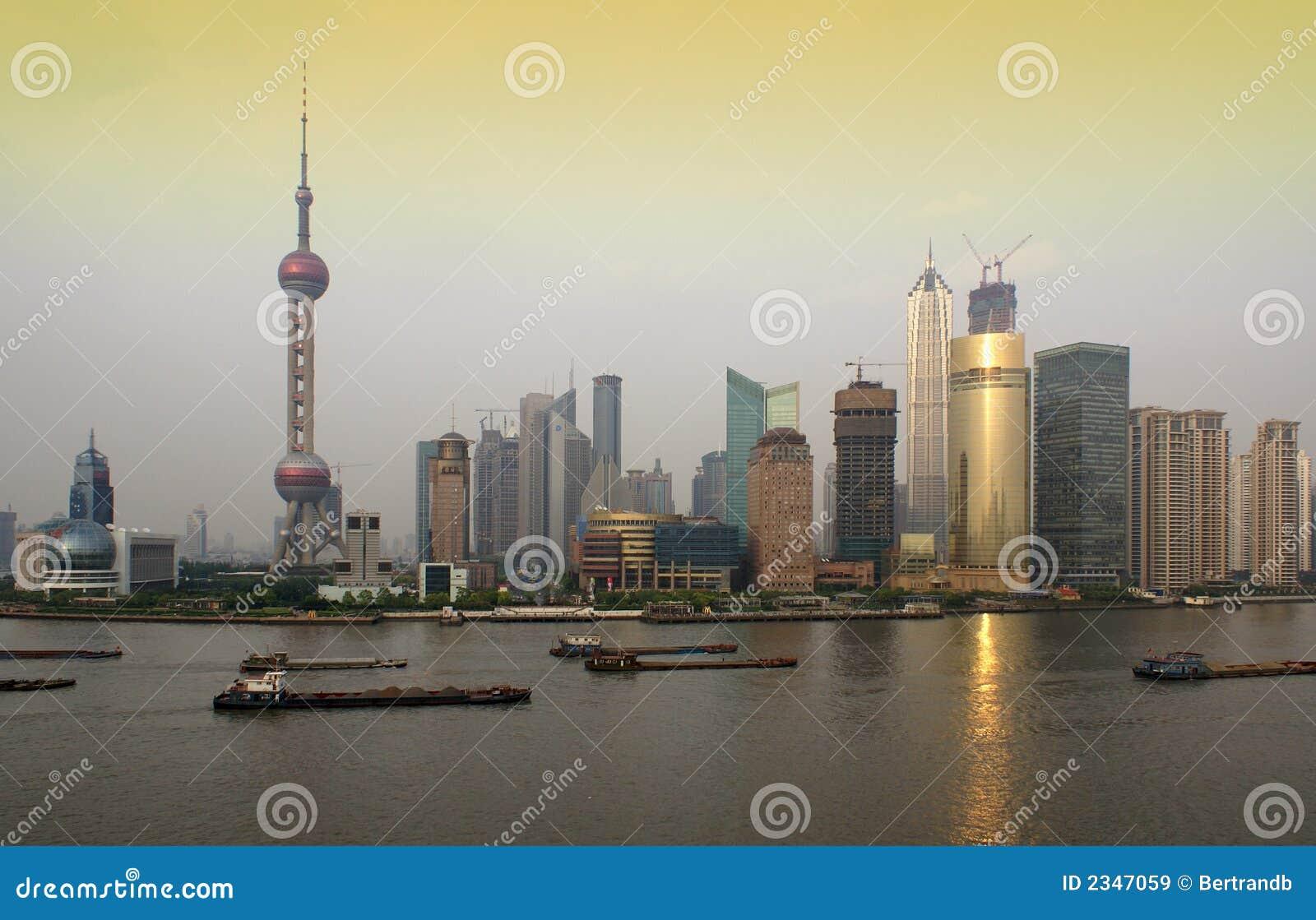 горизонт shanghai pudong