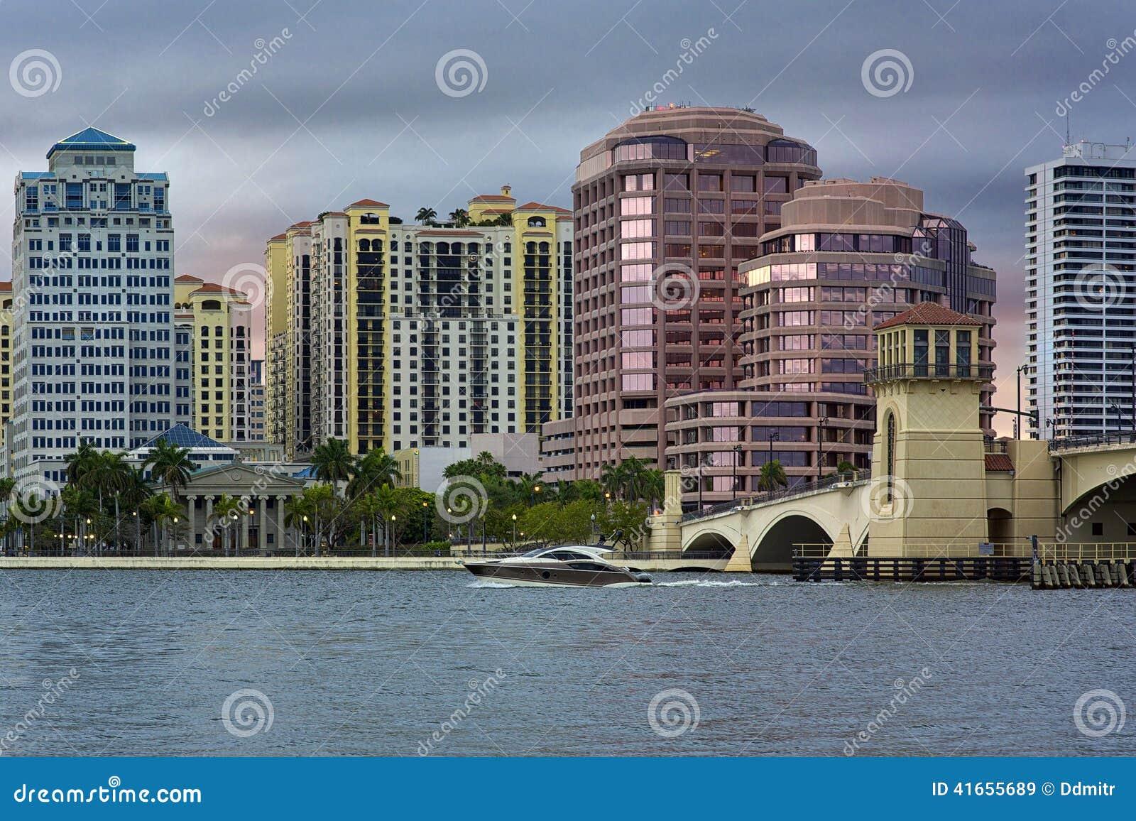 Горизонт West Palm Beach