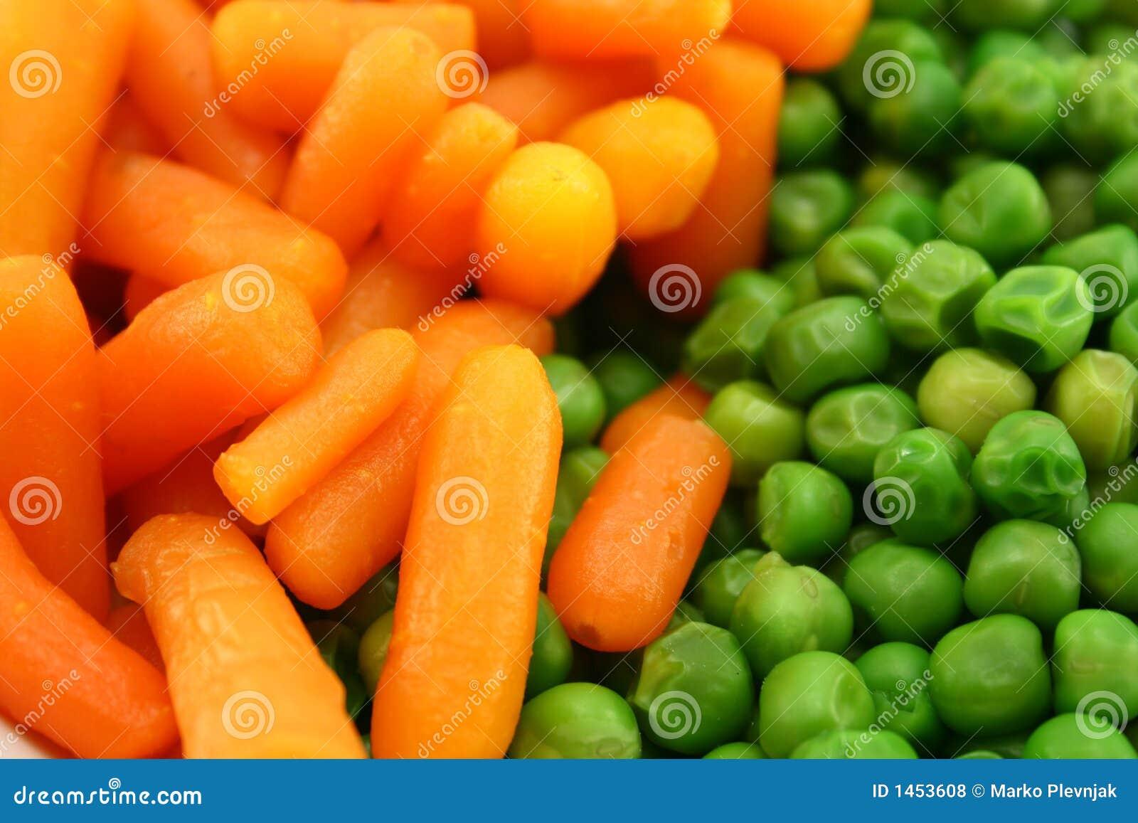 горохи морковей зеленые