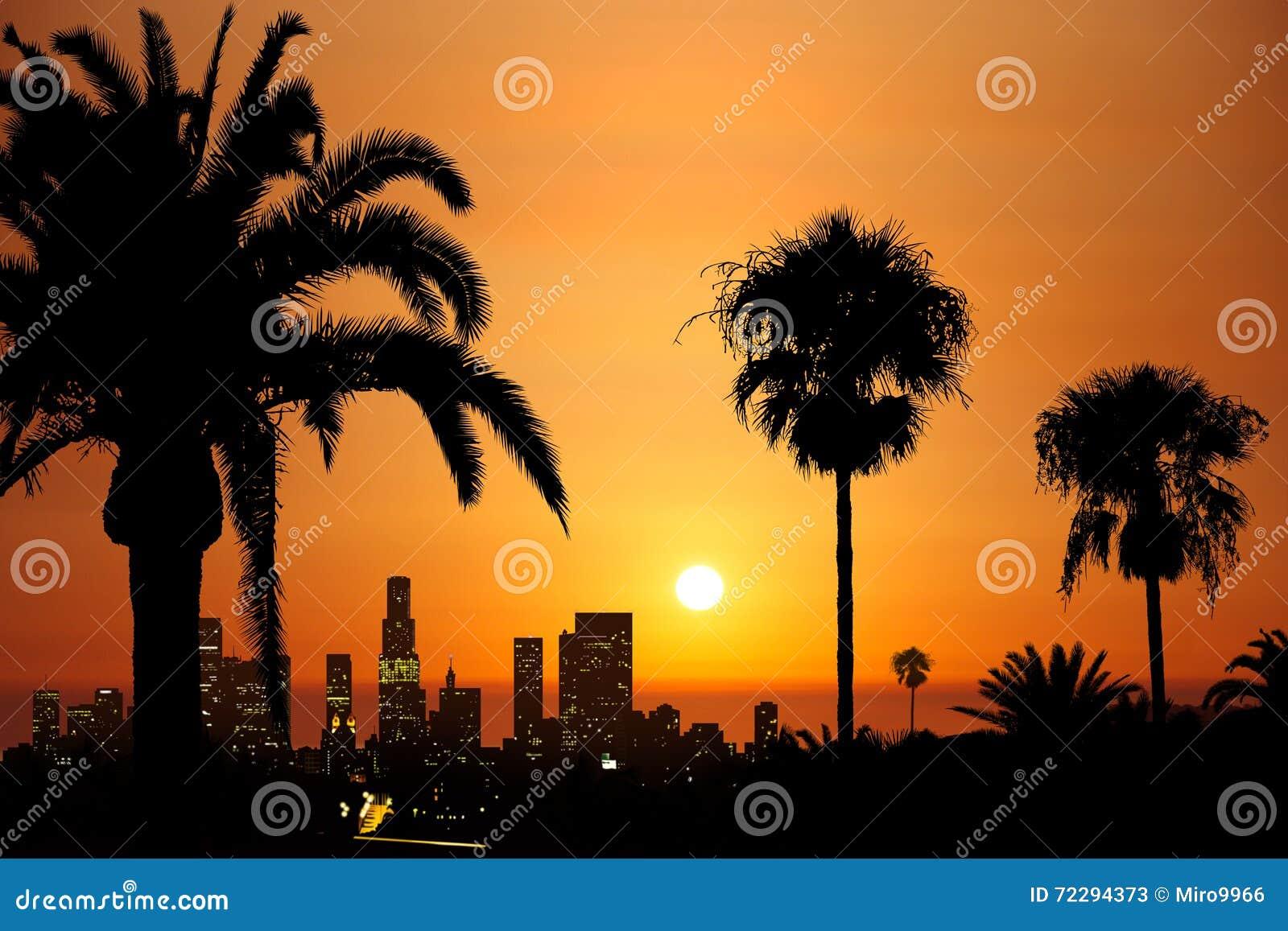 Download Городской заход солнца иллюстрация штока. иллюстрации насчитывающей золотисто - 72294373