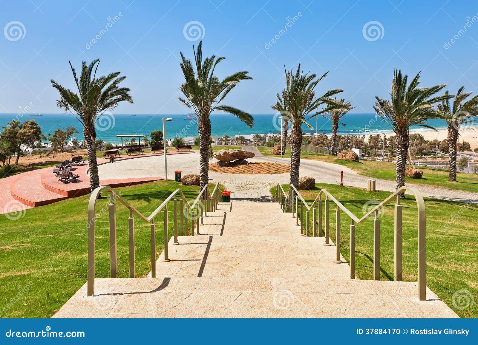 Городской парк в Ашдоде, Израиле.