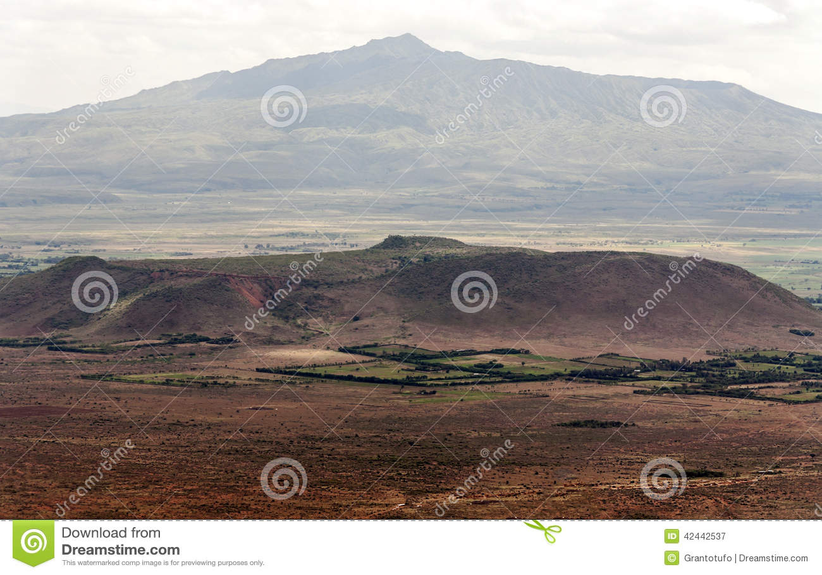 Горы в долине Кении