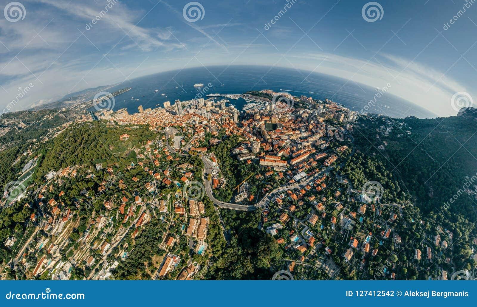 Горы в фото лета трутня riviera города Монако Монте-Карло проветривают панораму трутня виртуальной реальности 360 vr