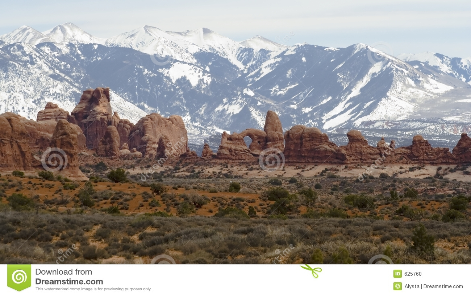 Download горы ландшафта сводов стоковое фото. изображение насчитывающей ландшафт - 625760