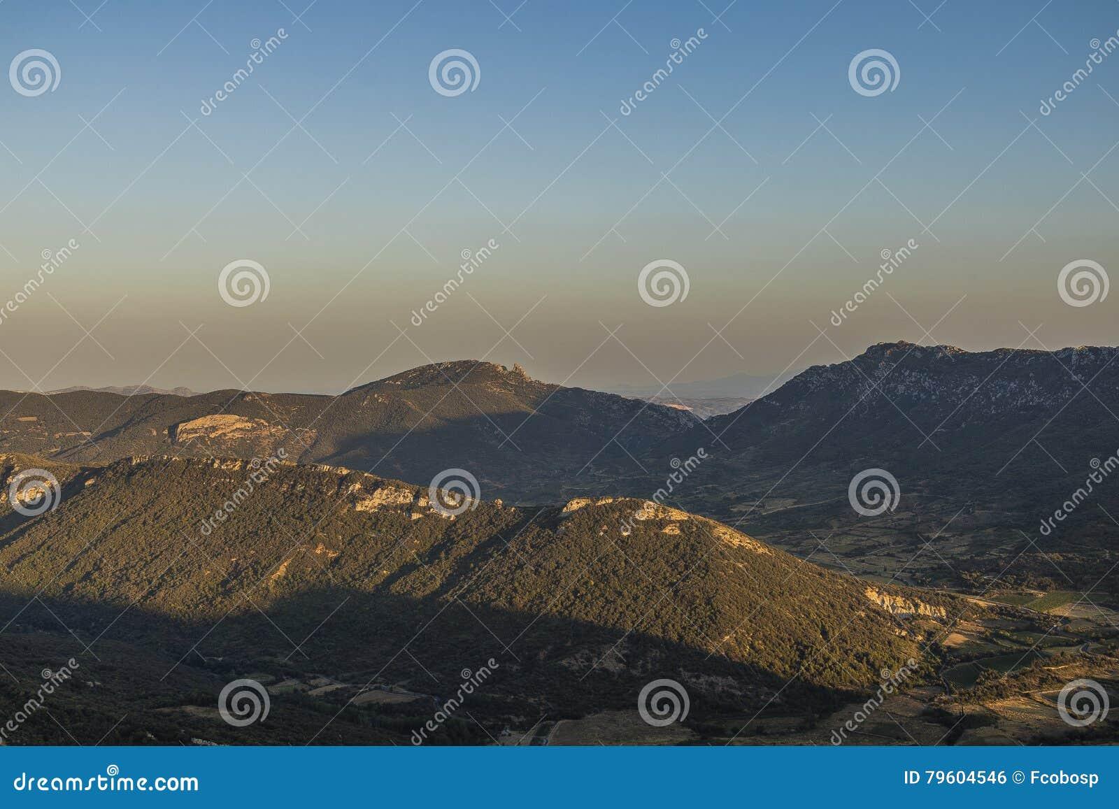 Горы Corbieres, Франция