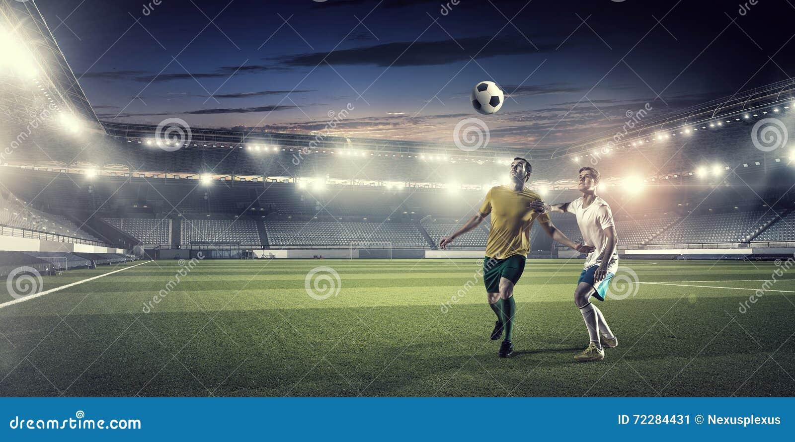 Download Горячие моменты футбола стоковое изображение. изображение насчитывающей вентилятор - 72284431