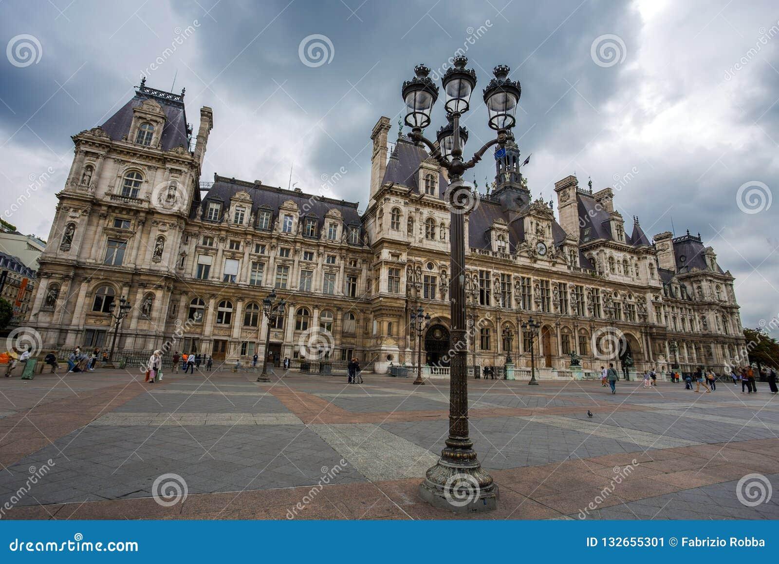 Гостиница de Ville, городская ратуша Парижа, Франции Это здание расквартировывает город администрации ` s Парижа
