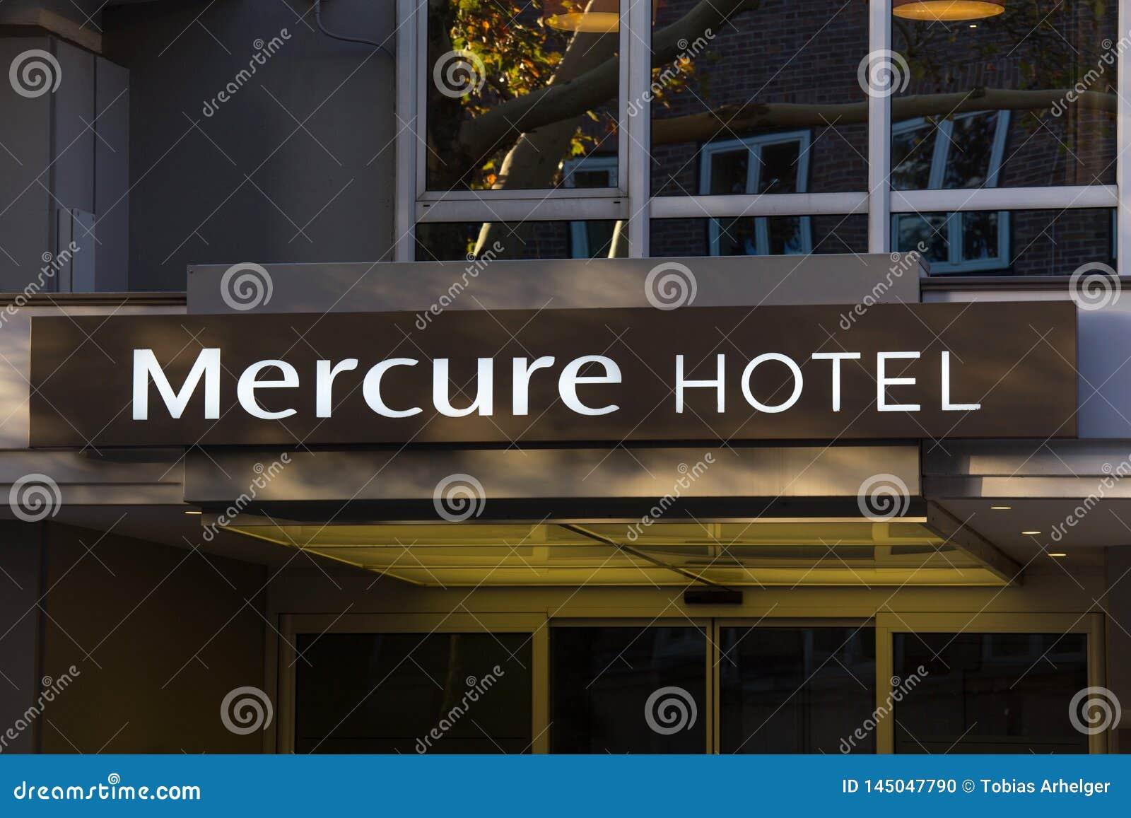 Гостиница Mercure подписывает внутри Берлин Германию