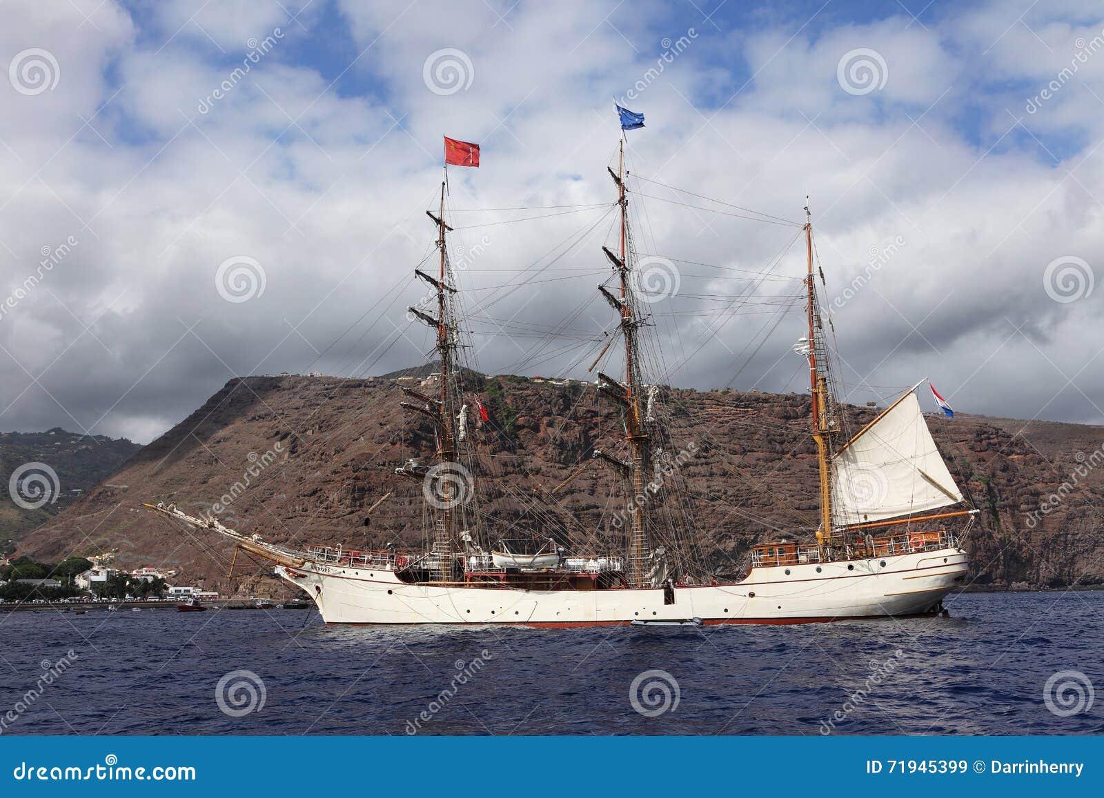 Голландская высокорослая Европа расшивы корабля на острове Острова Св. Елена
