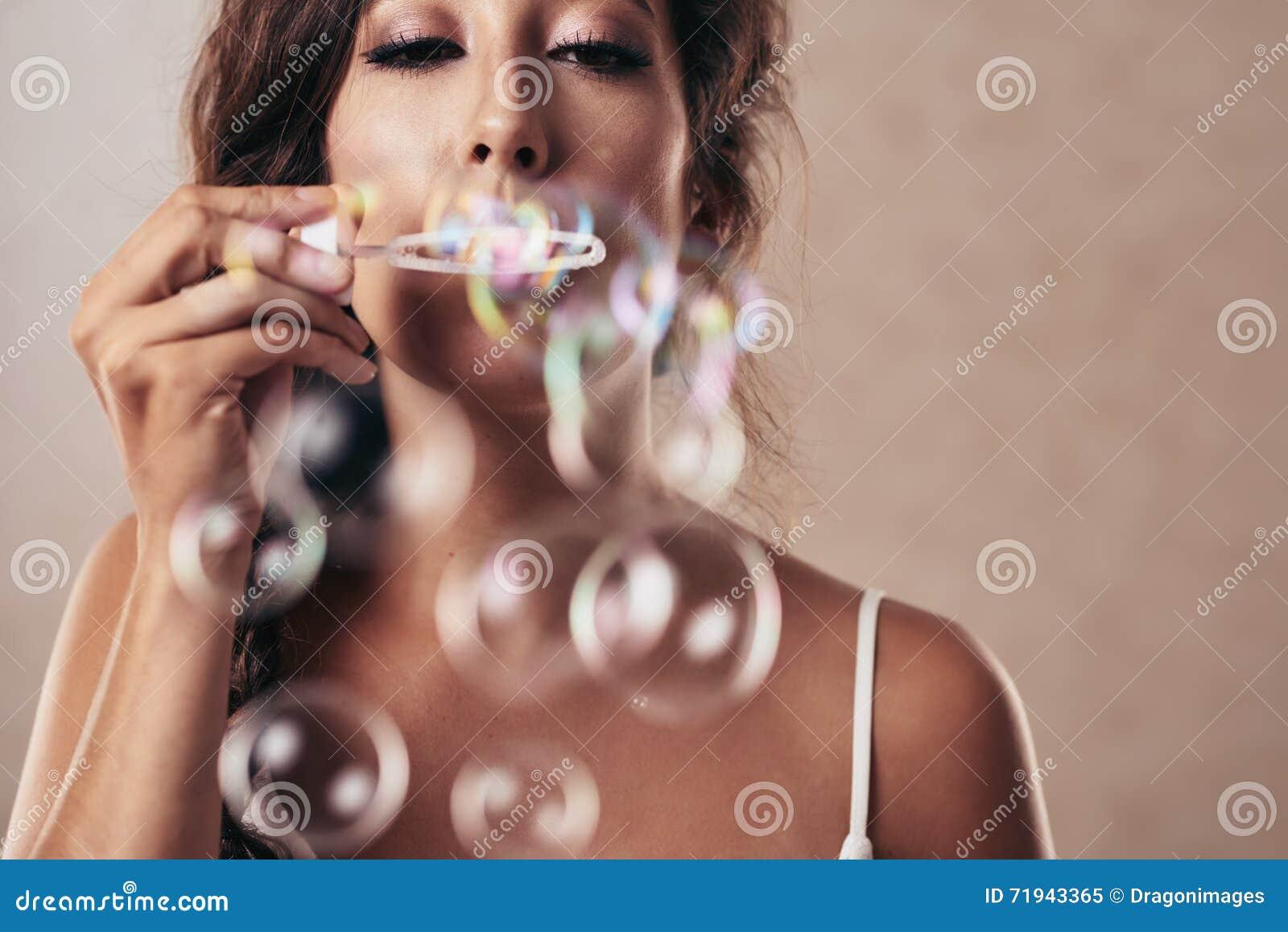голубой tonality структуры мыла пузырей