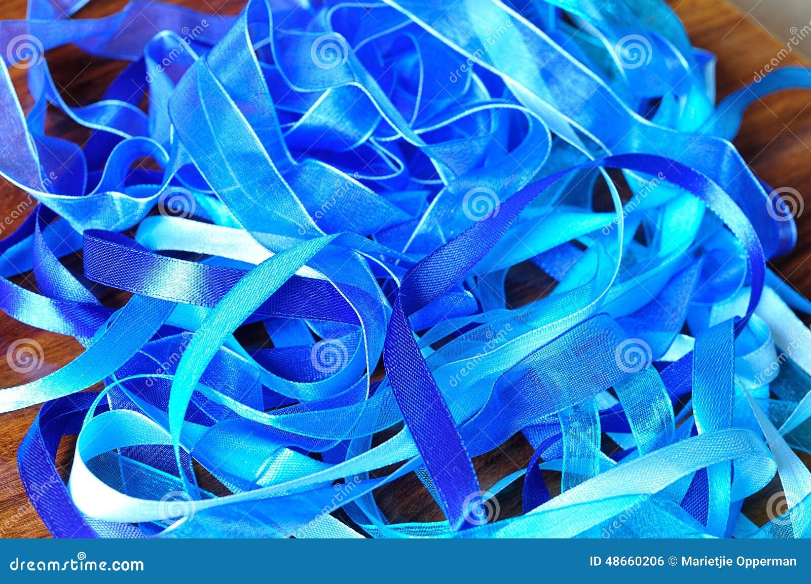 Голубые ленты