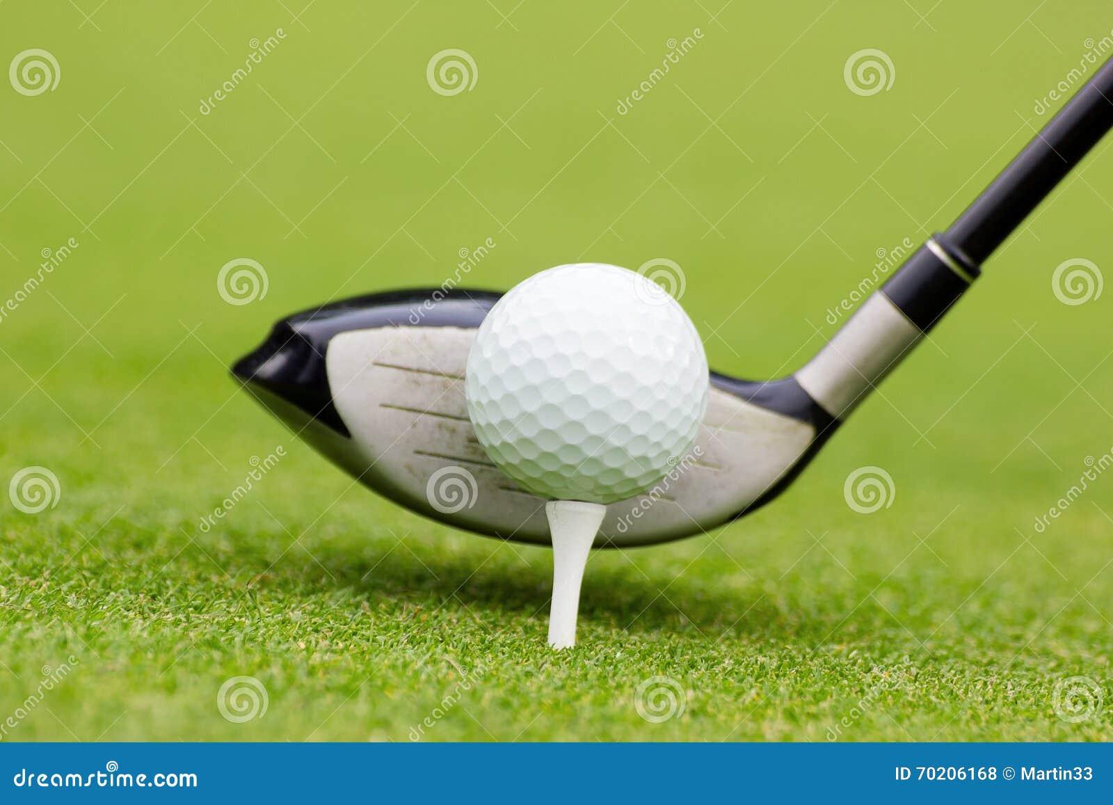 Гольф-клуб за шариком