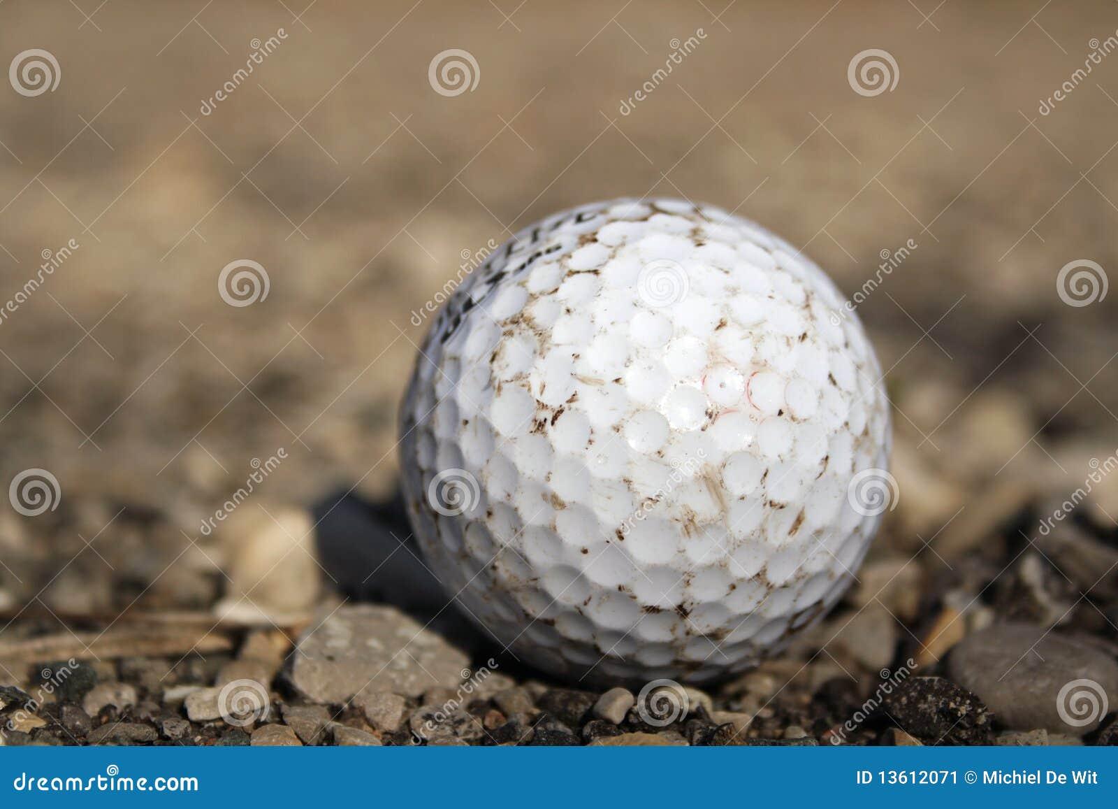 гравий гольфа шарика