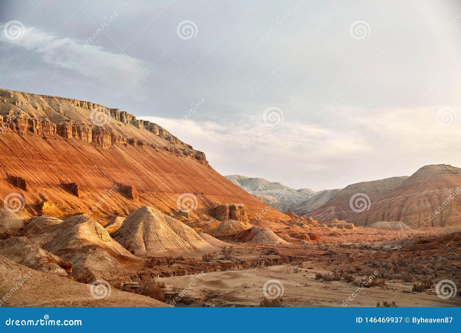 Гранд-каньон в пустыне