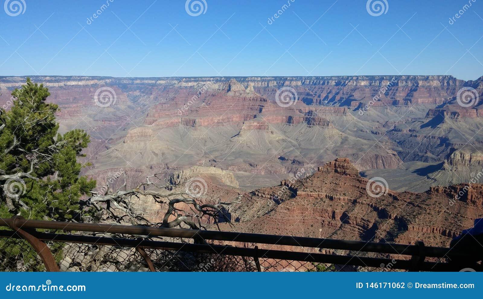 Гранд-каньон красивая сцена