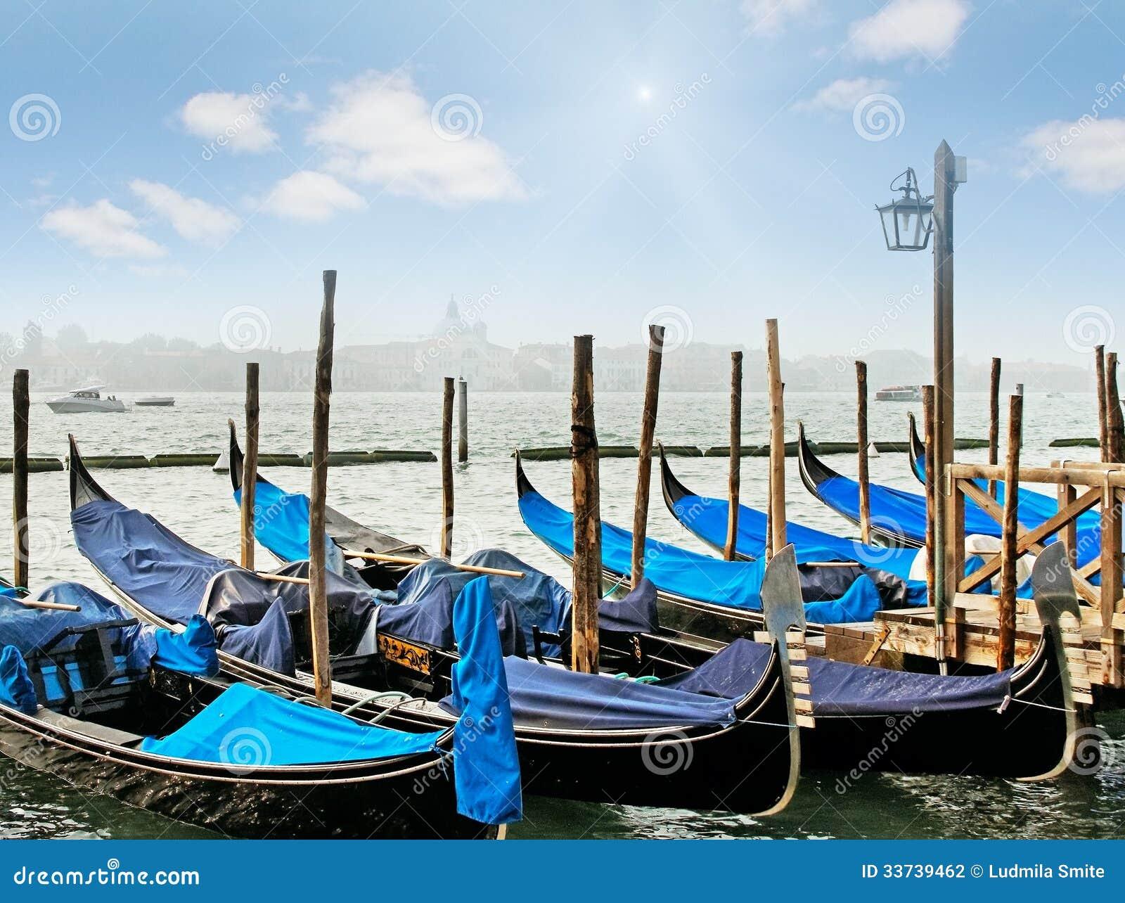 Грандиозный канал в Венеции.
