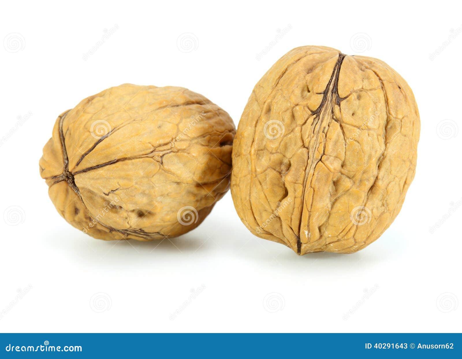 Грецкие орехи кучи