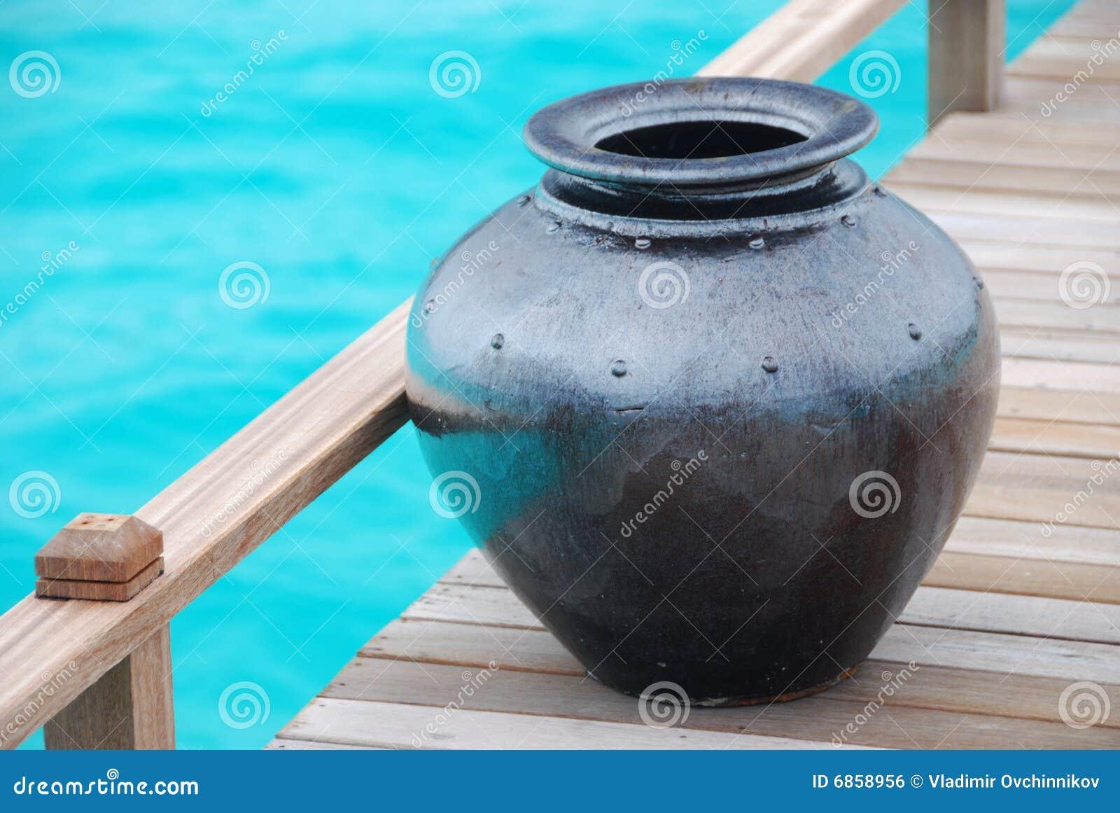 грубая ваза пола деревянная