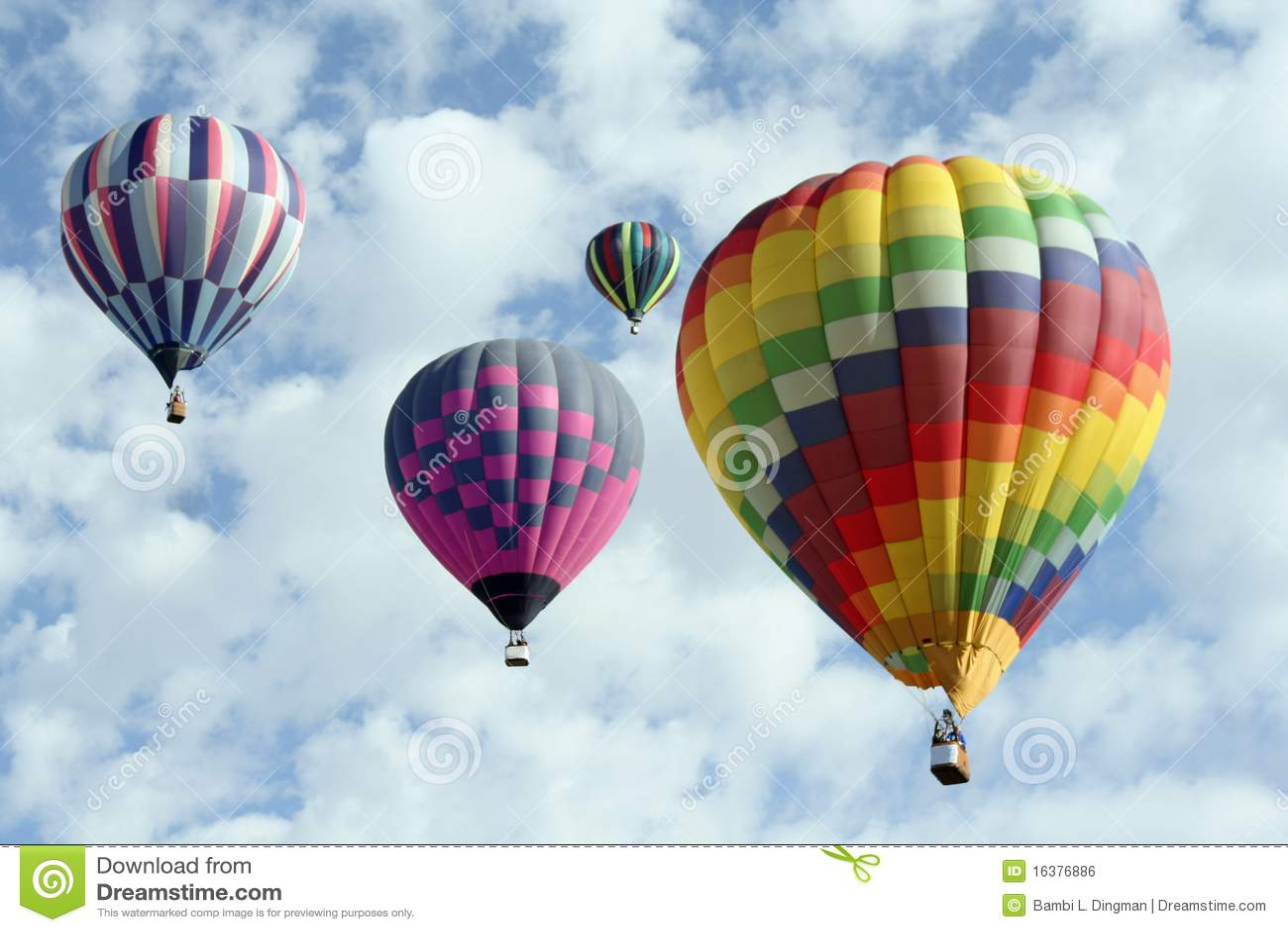 группа воздушных шаров горячая