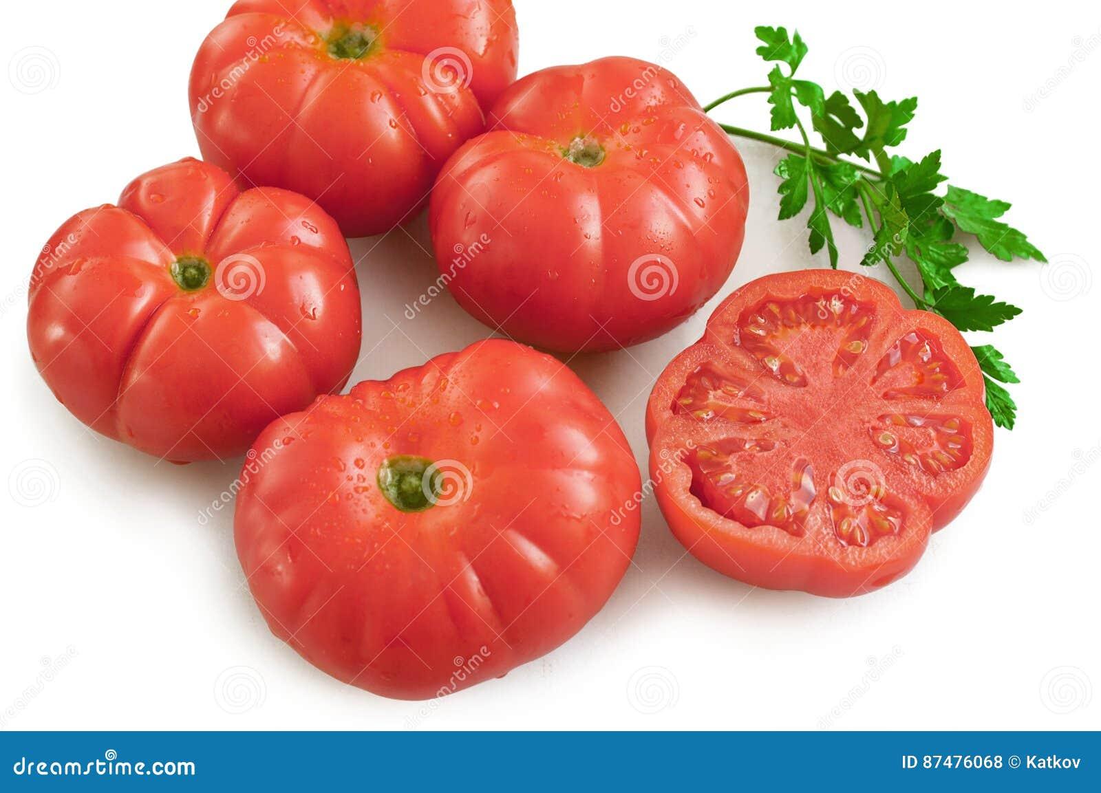 Группа в составе красные свежие овощи томатов
