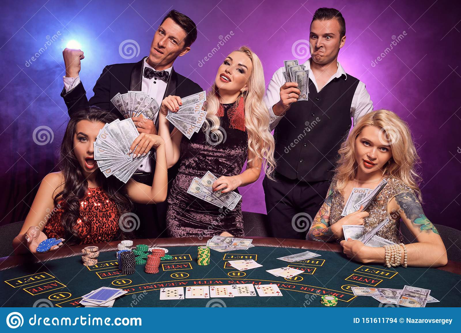 Кто где играет в казино free video casino online games