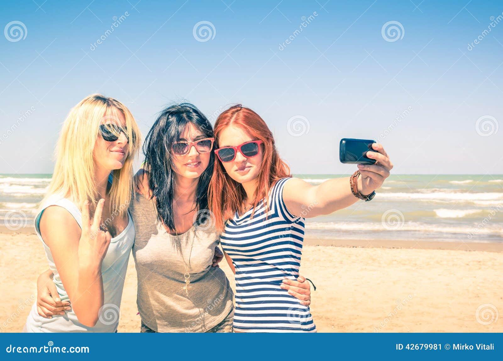Как сделать красивое фото с друзьями