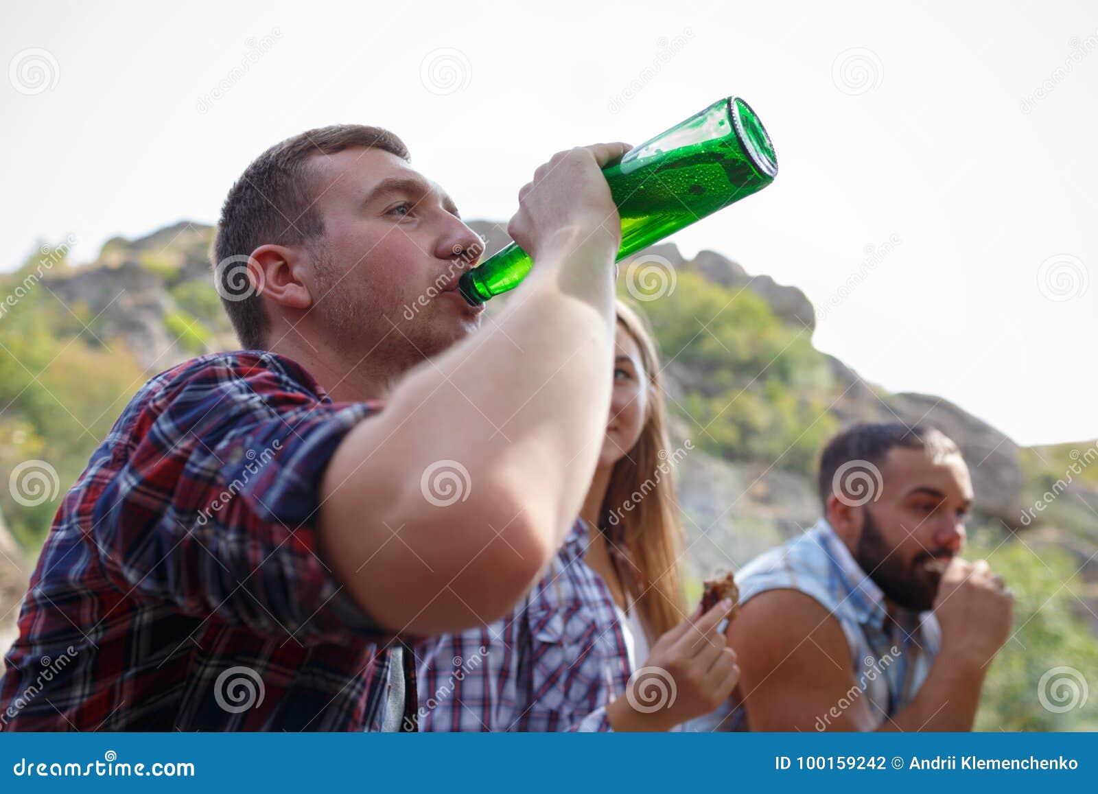 раз я выпил с друзьями по привычке слушать - 6
