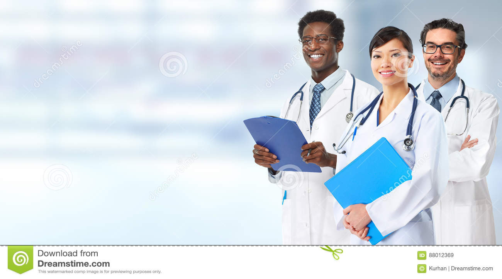 Группа докторов