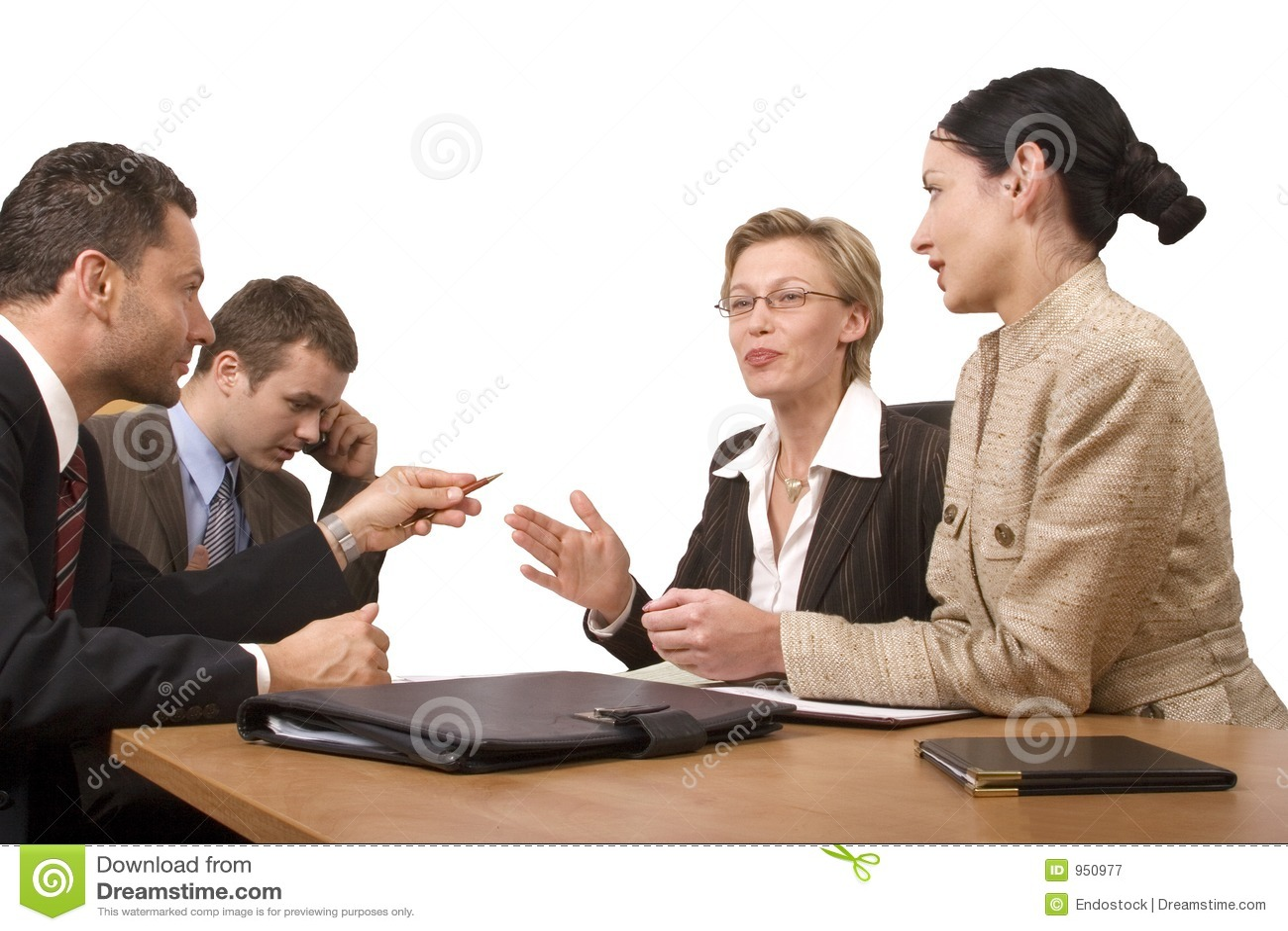 группа стола дела обсуждает людей