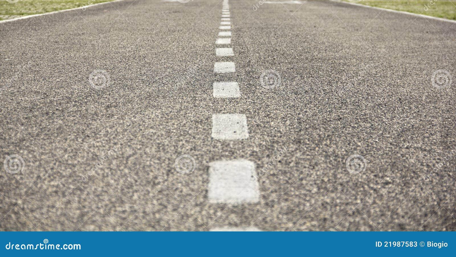 гудронированное шоссе дороги